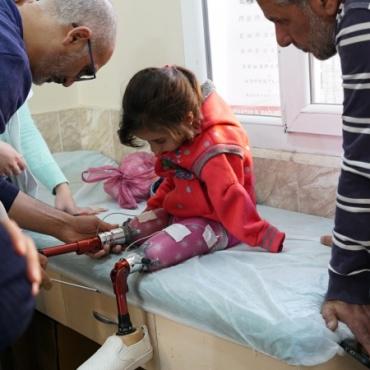 Cerablus'ta savaş mağdurlarına umut olmaya devam ediyoruz