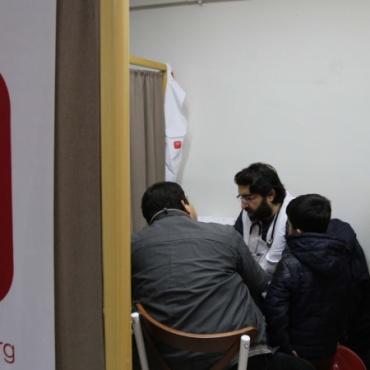 Doğu Türkistanlı göçmenlere sağlık taraması yaptık