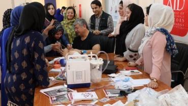 Afgan sağlıkçılara ''Yeni Doğan Canlandırma''