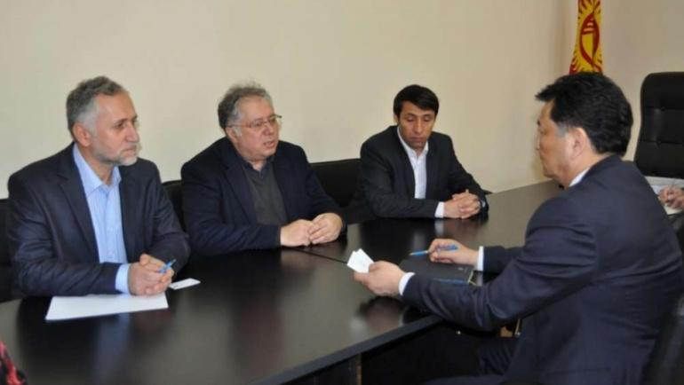 Kırgızistan Sağlık Bakanı'nın misafiri olduk