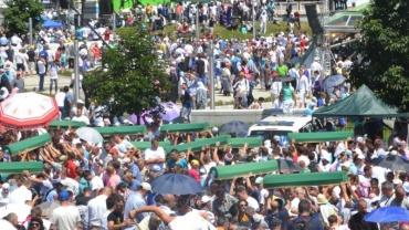 Srebrenitsa Katliamı'nın 21. yıl dönümünde Bosna'daydık