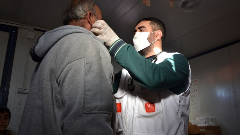 AID, Kemmune Kampı'ndaki sağlık çalışmalarını sürdürüyor