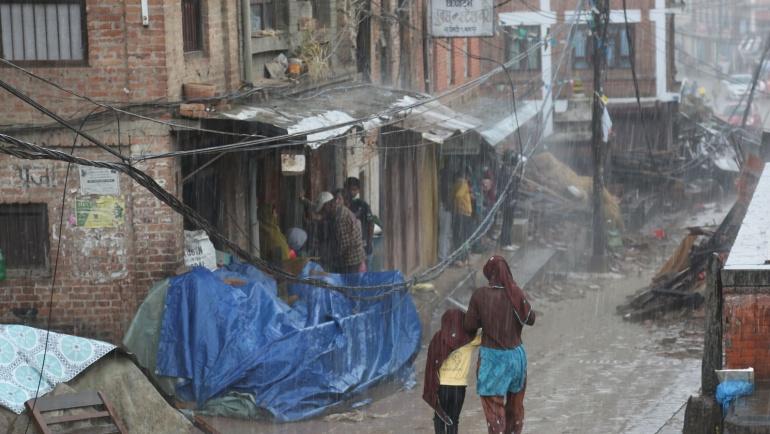 Nepal Depremi mağdurlarına yardım elimizi uzattık