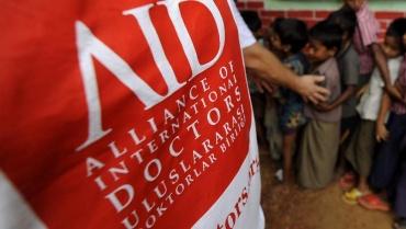 5 kişilik sağlık ekibi, özel izinle Suriye topraklarına geçti