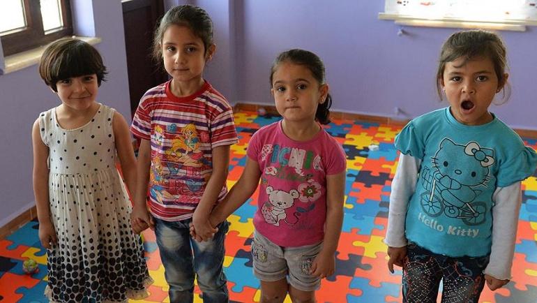 Suriye'nin yetimleri'ne sahip çıkıyorlar