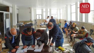 Tel Abyad ve Rasulayn'da 3 günde 36 protez teslimi gerçekleştirdik